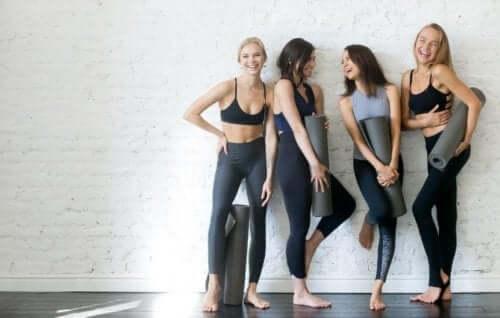 Najlepsze pozycje jogi dla osób nierozciągniętych