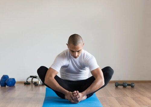 Rozciąganie mięśni po ćwiczeniach – jakie ma znaczenie?