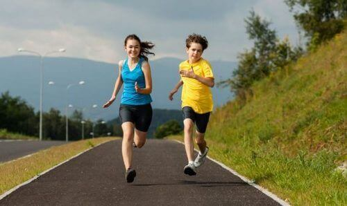 Trening aerobowy – czy jest korzystny dla dzieci?