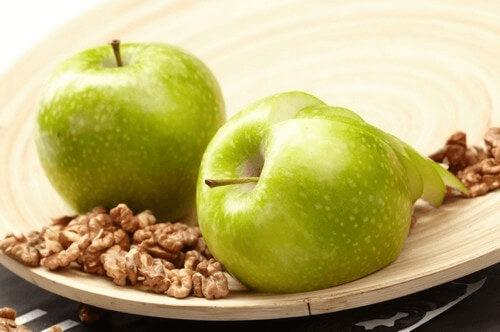 Żywność modyfikowana genetycznie- wady i zalety