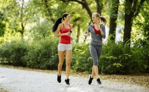 Przeciążenie łydki – jak wrócić do biegania