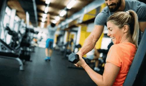 Wzmocnienie ramion – najlepsze ćwiczenia
