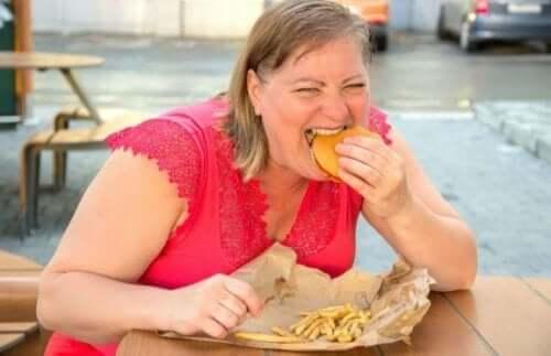 Diety bogate w tłuszcze a choroby serca: prawdy i mity