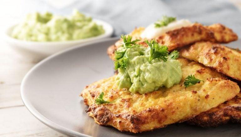 Pastel frito de abacate
