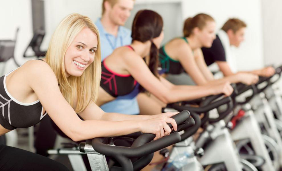 Aprenda como regular a bicicleta de spinning
