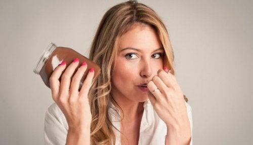 Receita de Nutella caseira: três opções para ser mais saudável