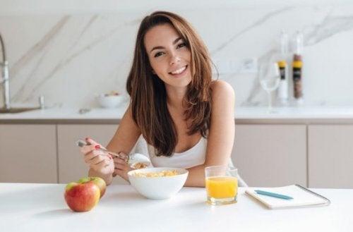 3 opções para um café da manhã saudável e equilibrado