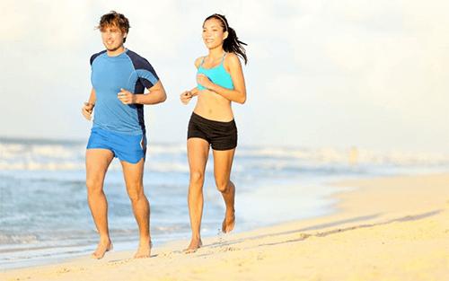 Correr descalço: vantagens e desvantagens