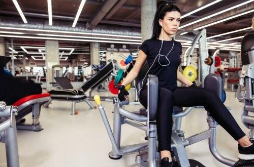 Exercícios para abdutores: malhe em casa ou na academia