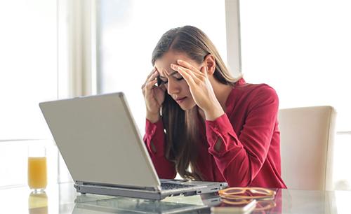Cinco remédios para dor de cabeça: opções naturais