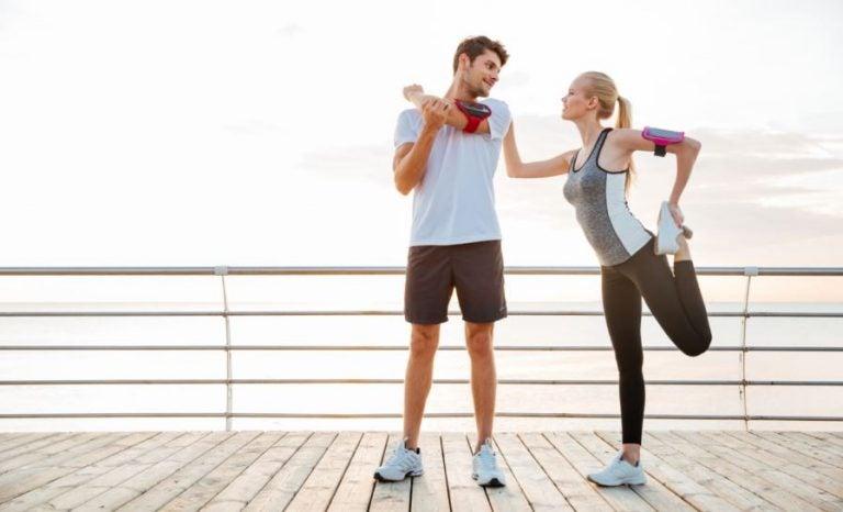 Os 8 maiores benefícios de fazer atividades físicas em casal