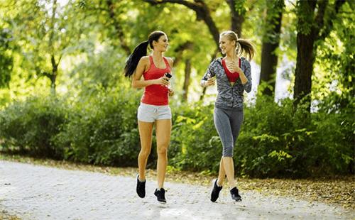 Os 6 melhores benefícios de correr 30 minutos por dia