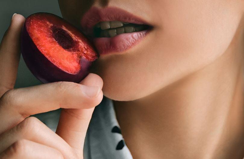 Coulis de ameixa: dê um toque especial cheio de benefícios a seus pratos