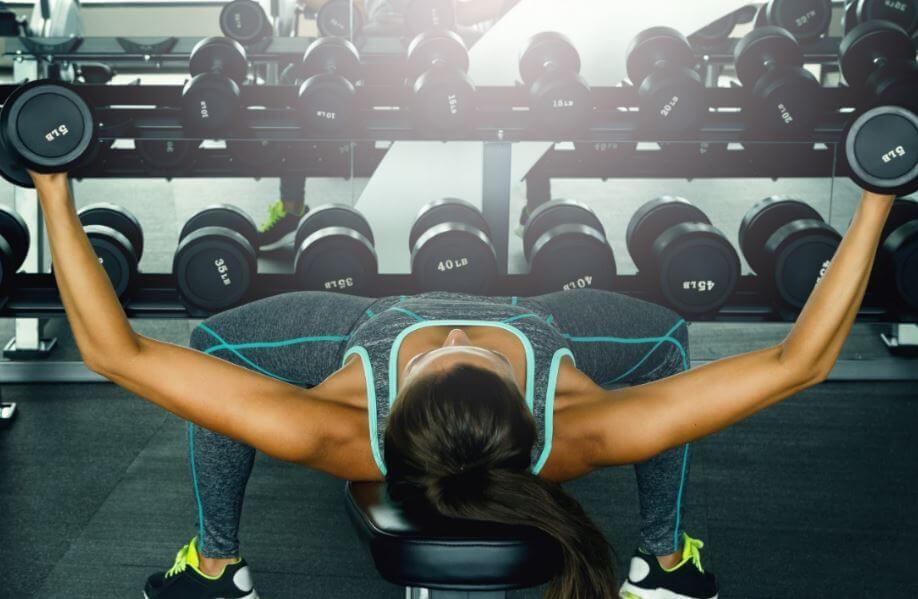 4 dos melhores exercícios para tonificar o peito