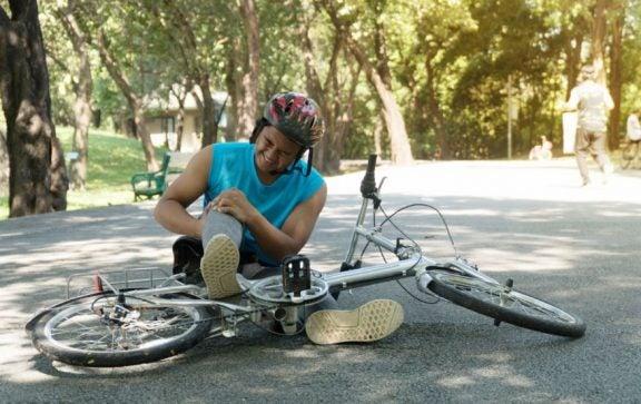 espasmo na coxa após andar de bicicleta