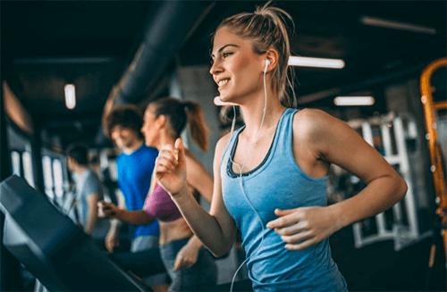 Cardio ou musculação: o que treinar primeiro?