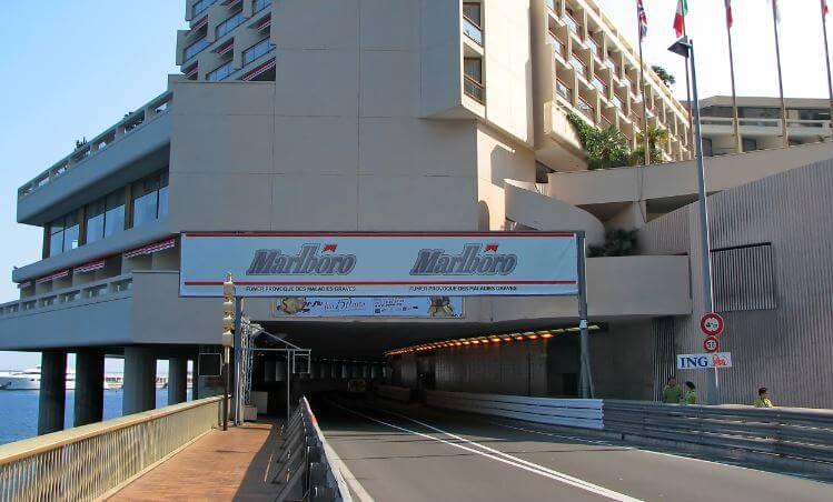 O túnel é um outro símbolo do circuito de Mônaco