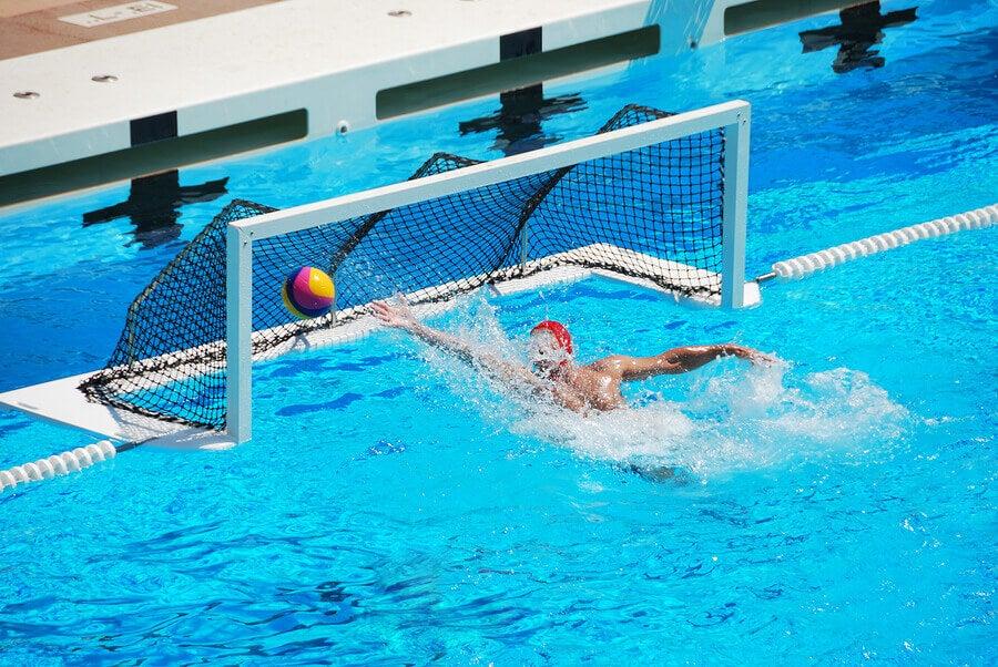 Gol no polo aquático