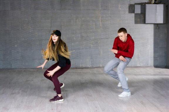 Mantenha-se em forma através da dança