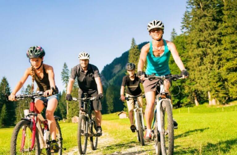 O ciclismo é uma das formas mais relaxantes e divertidas de se exercitar