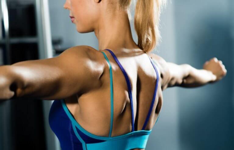Reduz a dor nas costas