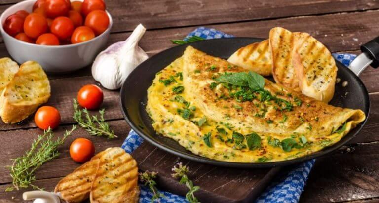 pratos com ovos