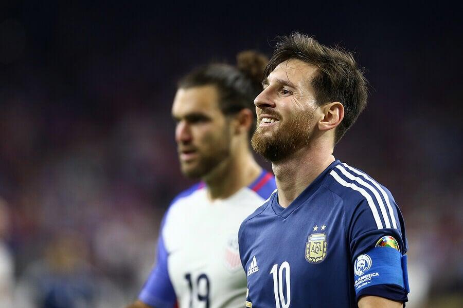 Vencedor do prêmio Bola de Ouro: Lionel Messi