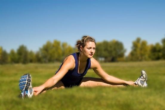 exercícios de alongamento para jogadores de futebol
