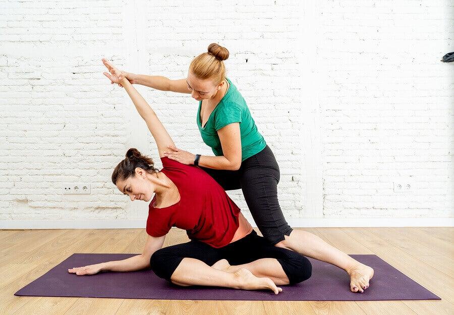 Quais são os melhores alongamentos para depois da musculação?