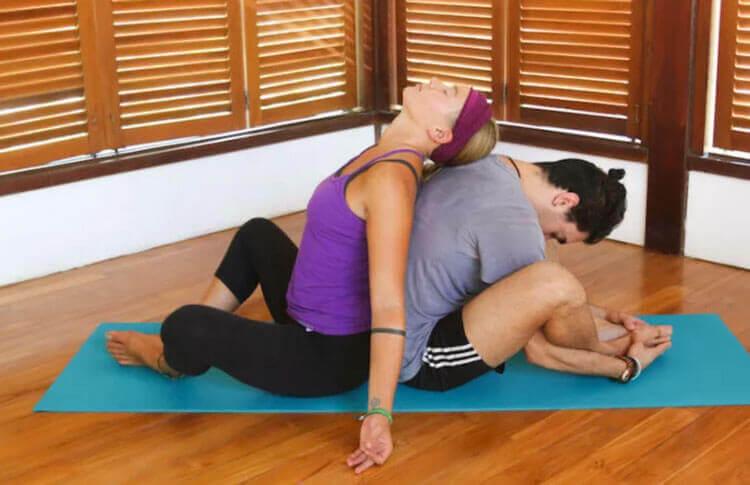 posturas de acroyoga para iniciantes