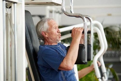 Dicas de treino de força para idades avançadas