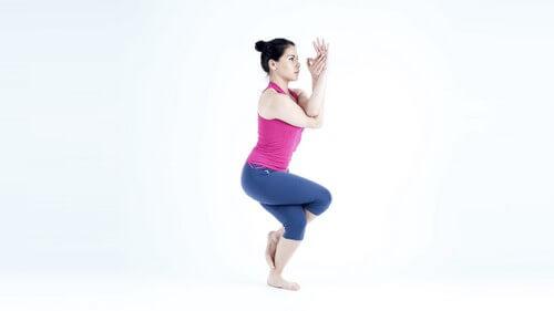 Série de yoga em sua cadeira