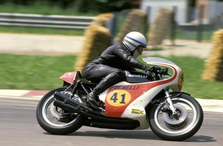 John Surtees, o único campeão de MotoGP e Fórmula 1