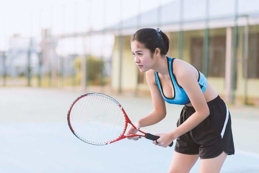 5 chaves para começar a jogar tênis