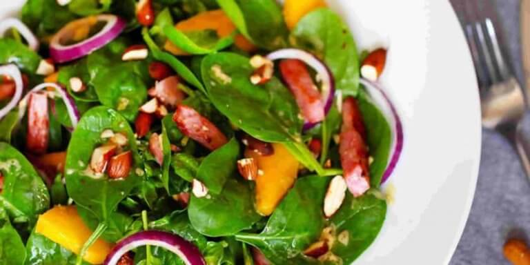 Salada mista dietética: receita para atletas
