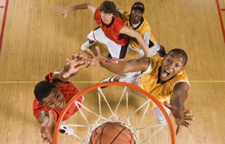 Os benefícios do basquete
