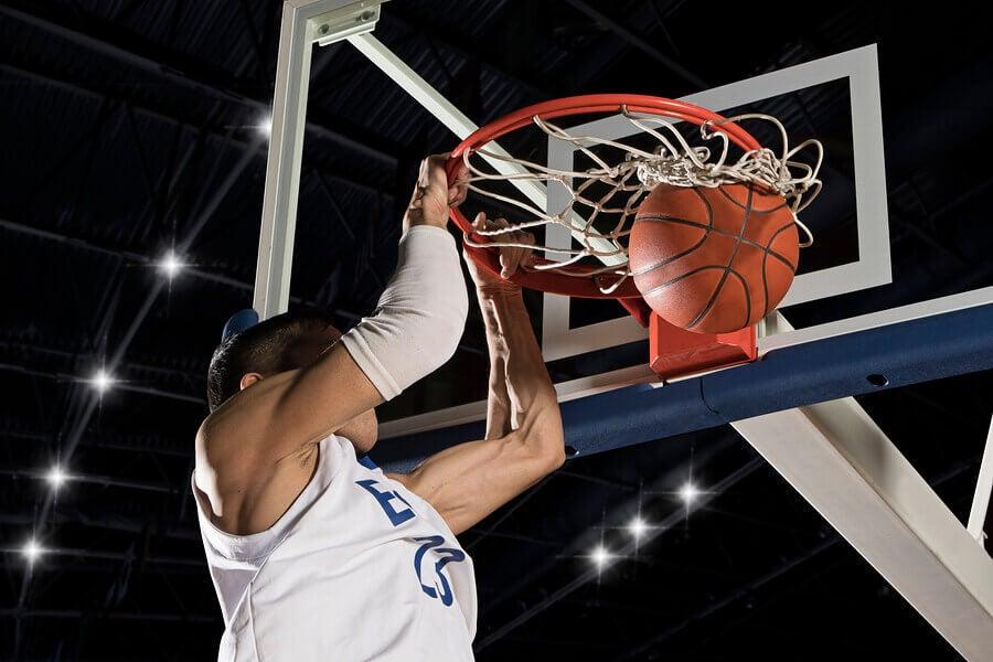 Conheça os benefícios do basquete