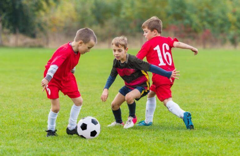 Os primeiros fundamentos do futebol
