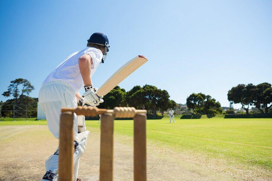 Como jogar críquete