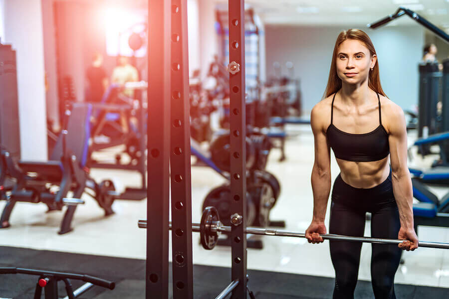 O treinamento de força também é capaz de influenciar a perda de gordura.