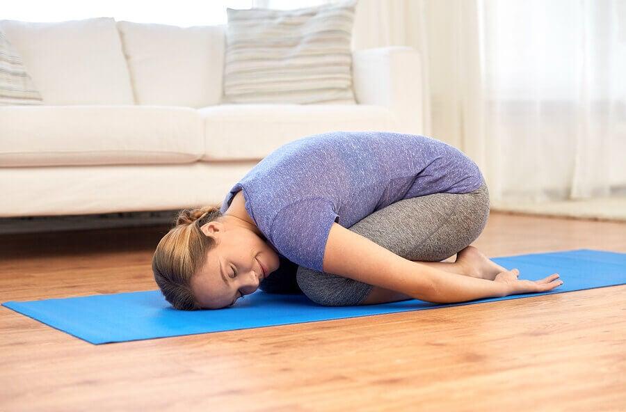 Costas arqueadas? 5 exercícios para melhorar a sua postura