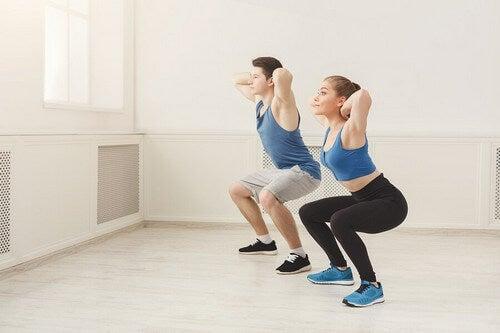 Se você não se manter ativo e não seguir uma dieta saudável durante o período de quarentena por conta do coronavírus, sua condição física se deteriorará facilmente