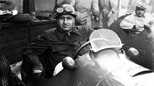 Muitos consideram Juan Manuel Fangio um dos melhores pilotos da história do automobilismo, tendo conquistado cinco títulos deFórmula 1