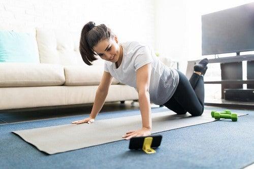 Canais fitness do YouTube que te ajudarão a fazer exercício em casa