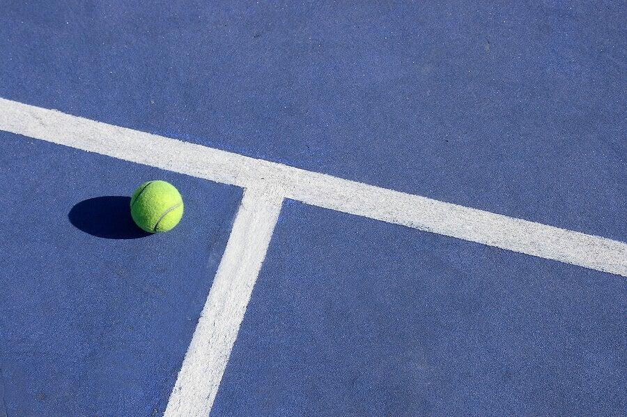Características das diferentes quadras de tênis