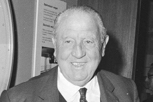 Você sabe quem foi Santiago Bernabéu?