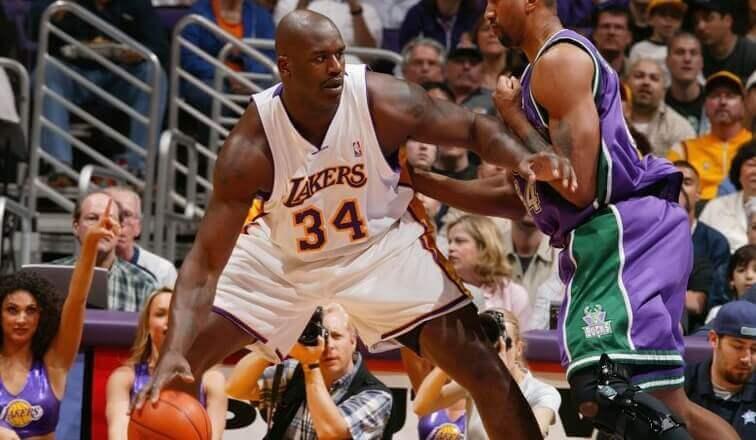 Os melhores jogadores de basquete da história