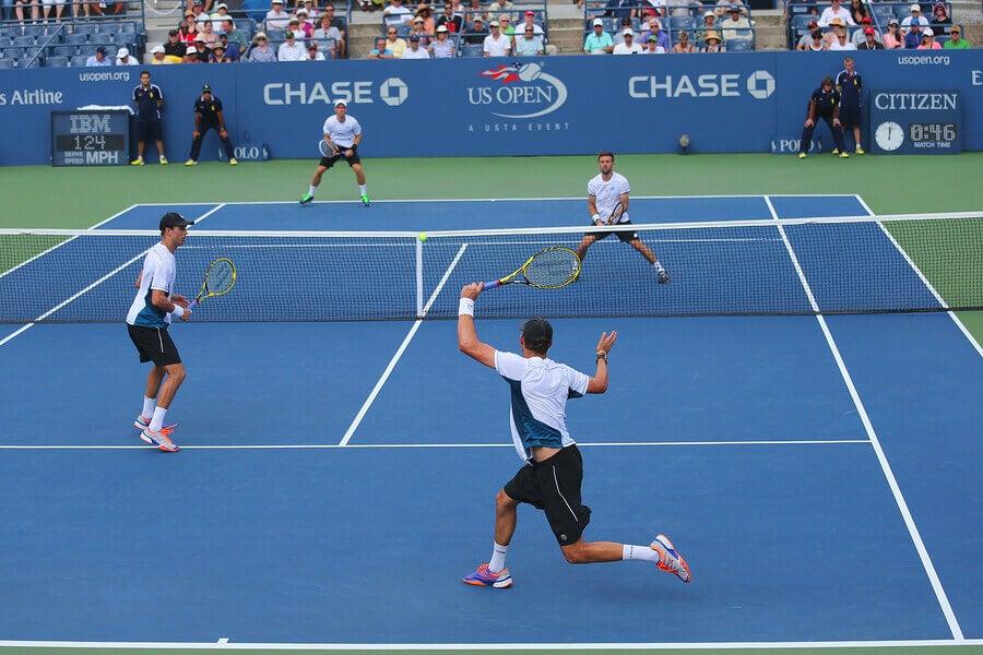 Diferenças entre o tênis em duplas e o individual