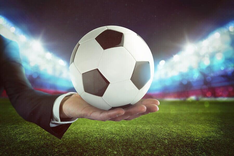 A corrupção no futebol é um problema com grande repercussão na fraude financeira.