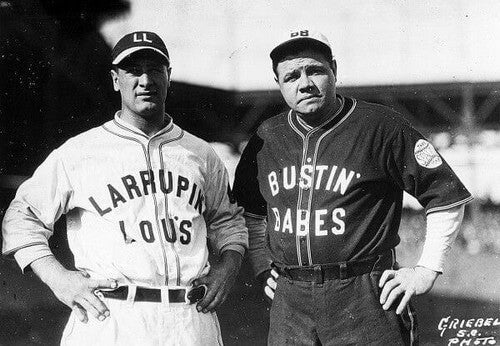 A equipe debaseball doNew York Yankees teve Babe Ruth e Lou Gehrig por seis campeonatos da World Series